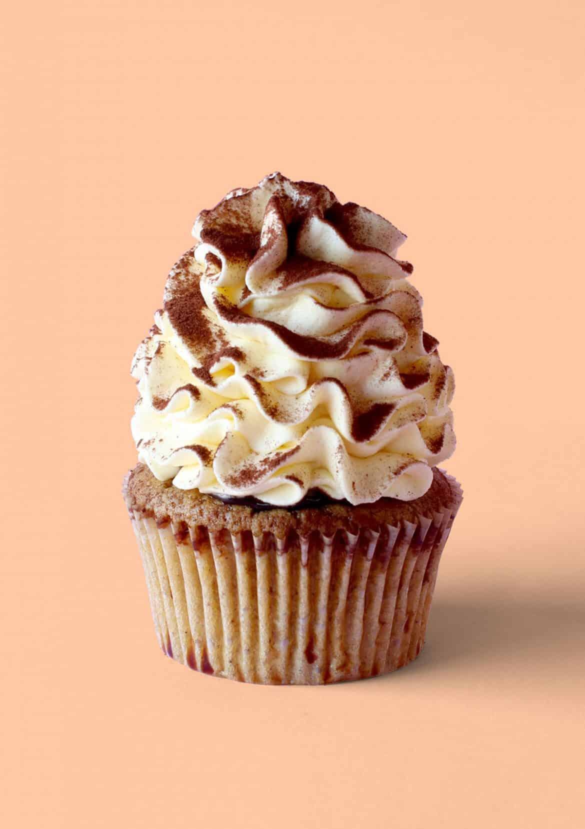 Gingerbread Tiramisu Cupcakes