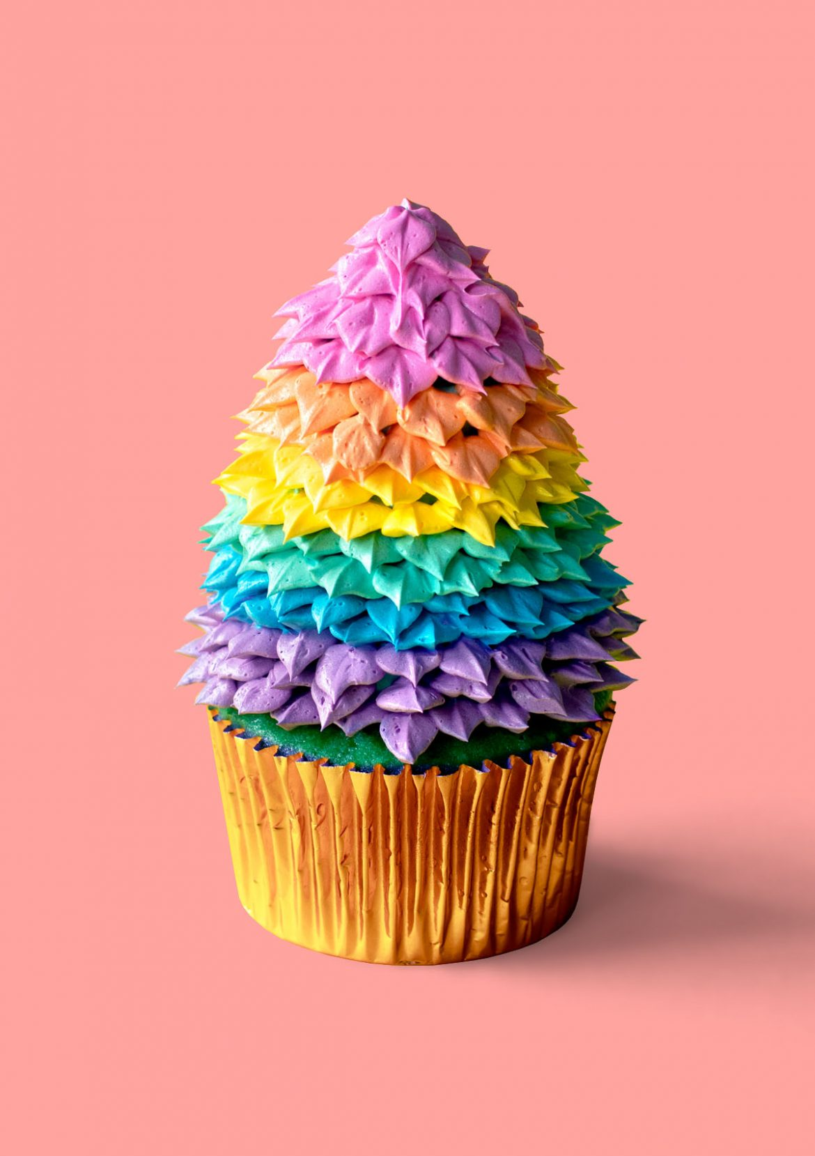 Happy Holigay Cupcakes